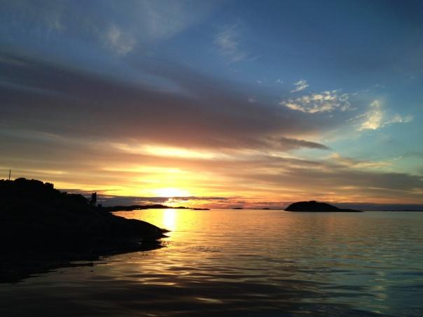Vakker solnedgang ved Koster. Foto: Odd Roar Lange