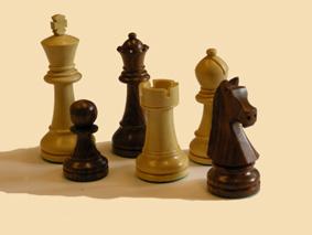 Trodde du det bare var i sjakk at brikker ble flyttet og det kun er en konge som gjelder...?